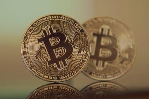 【ビットコイン超入門】仮想通貨の基本と、実際の買い方を解説!